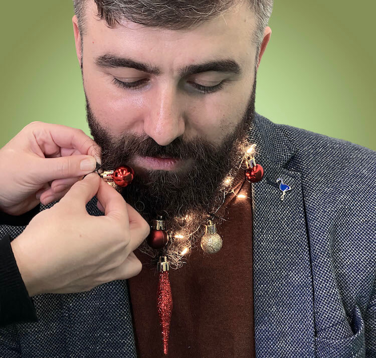 how to decorate beard for christmas